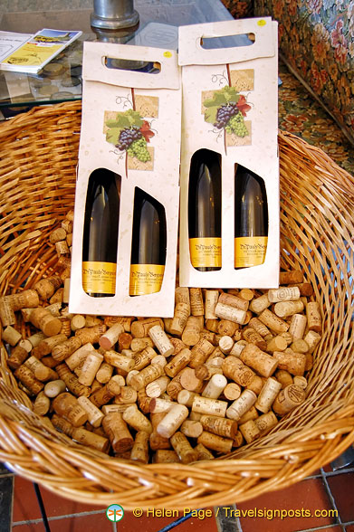 Gift packs of Dr. Pauly Bergweiler wines