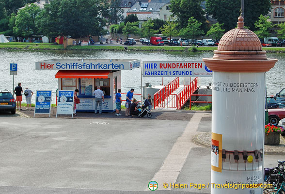 Ticket booth for Mosel River cruises