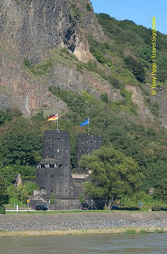 Remagen bridge towers
