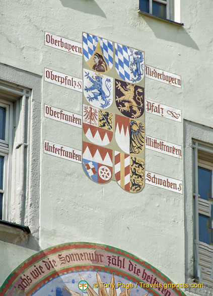 Various Bavarian coat of arms on the Old Town Hall
