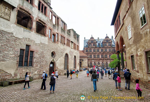 Path to the Heidelberg Castle inner courtyard