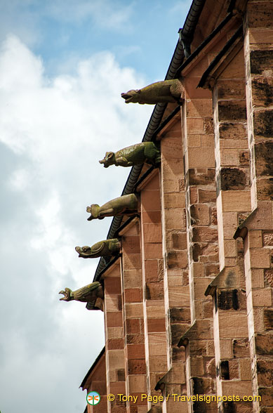 Gargoyles on the Church of the Holy Spirit building