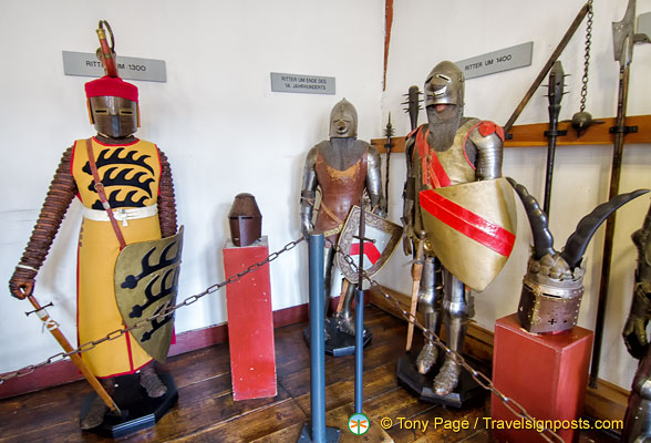 Marksburg Rüstkammer - Knights from 1300 - 1400