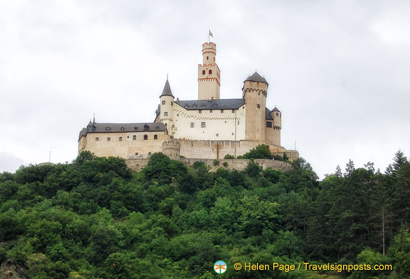 Marksburg - the only Rhine hill castle that's never been destroyed