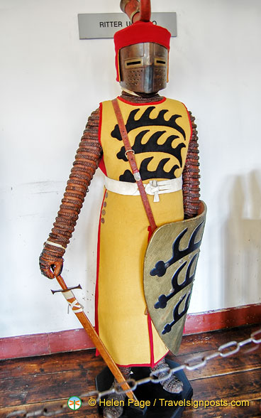 Marksburg Rüstkammer - A knight from 1300
