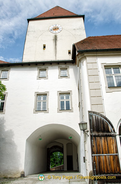 Veste Oberhaus gate tower