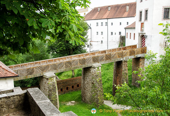 Ancient bridge connecting Veste Oberhaus buildings