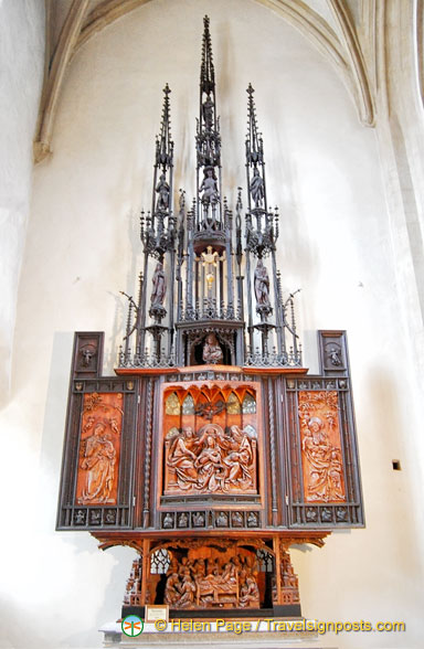 Panels depicting religious scenes