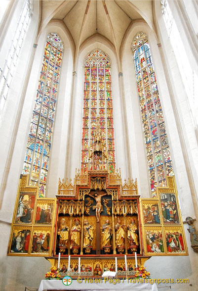 Nave and Altar of the Twelve Apostles