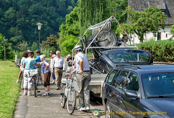 Getting ready for their Moselle bike tour