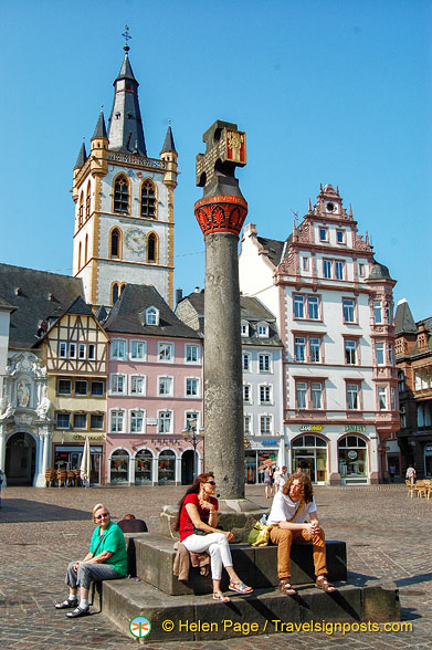 The market cross in Trier Hauptmarkt