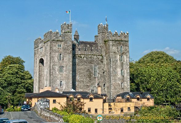 Durty Nellus and Bunratty Castle