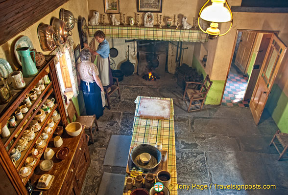 Baking and butter making demonstrations are held at the Golden Vale house
