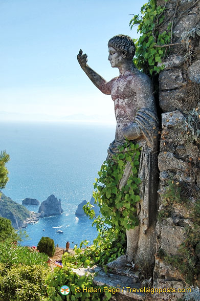 Emperor Augustus was first emperor to land on Capri