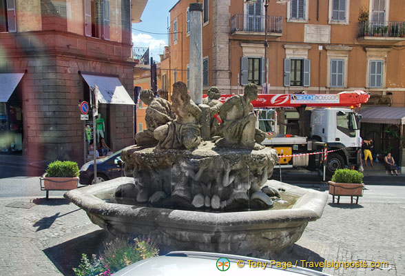 Castel Gandolfo fountain