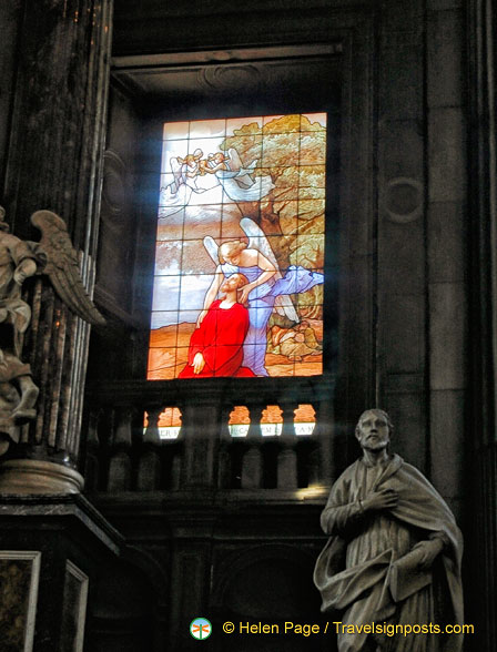 Como Duomo stained glass