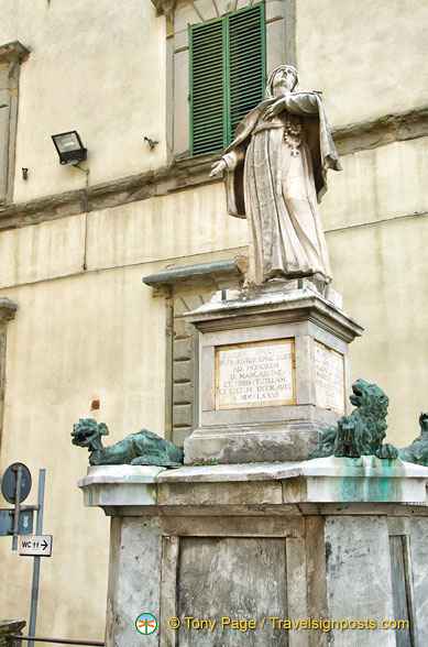 Statue of Santa Margherita