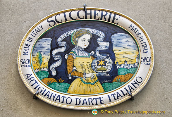 Sciccherie - a handicraft shop