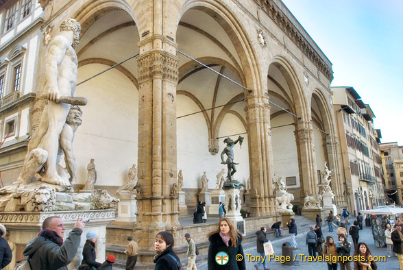 Loggia dei Lanzi with its gallery of statues