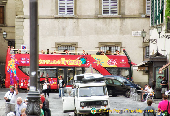 The Florence sightseeing bus