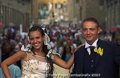 Newly weds outside the Uffizi Gallery, Florence