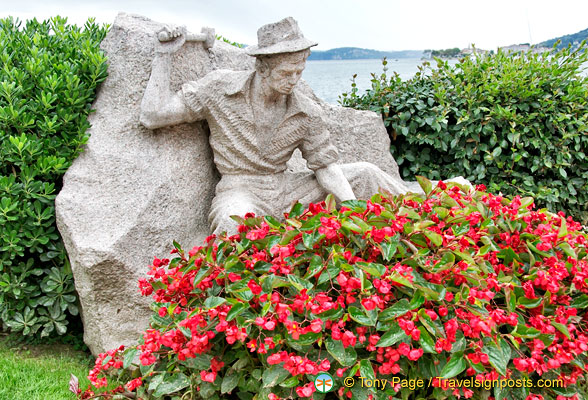 A stonemason working on Baveno's pink granite