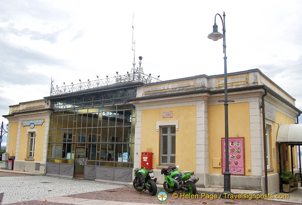 Baveno ferry ticket office
