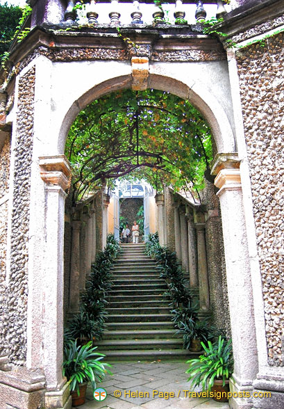 A beautiful entrance to the Isola Borromeo Gardens