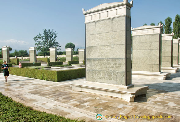 The Cassino Memorial commemorates the 4,000 servicemen whose graves are not known