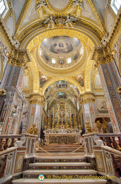 Main altar of Montecassino Basilica
