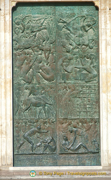 Details of the Duomo bronze doors