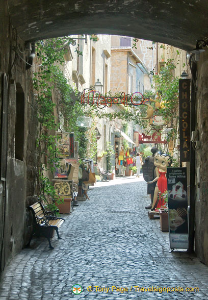 Via dei Magoni - the artisan street in Orvieto
