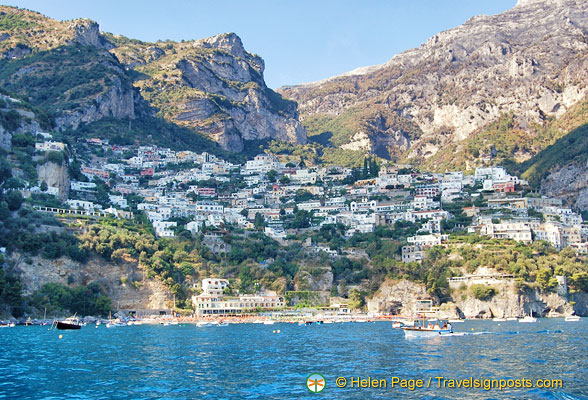 Spiaggia del Fornillo, the next beach along from Positano main beach