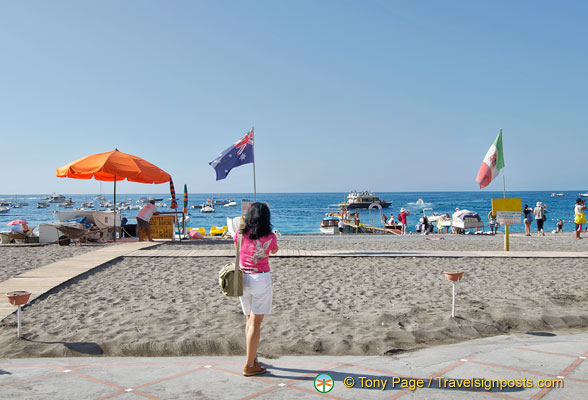 Me, taking a shot of the Australian flag on Positano beach