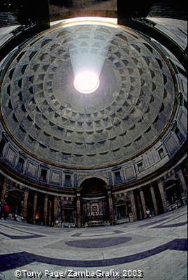 A fish-eye view of the Pantheon interior