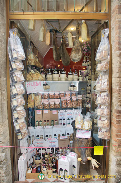 One of many San Gimignano delicatessens