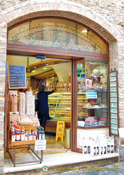 Armando e Marcella - a pasticceria and cioccolateria on Via San Giovanni