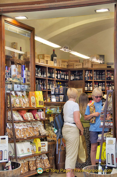 Shop full of Tuscan products