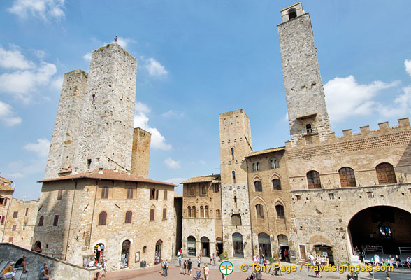 Towers around the Piazza Duomo in San Gimignano