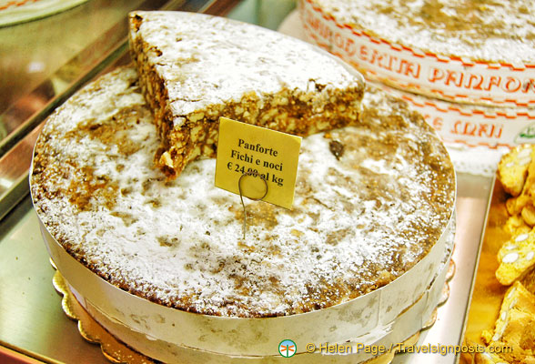 Panforte fichi e noci - figs and nuts