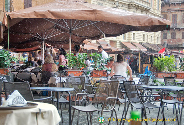 Cafes on the Piazzo del Campo
