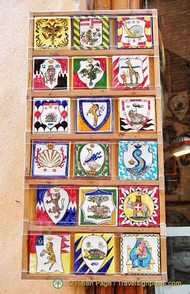 Emblems of the Siena contradas