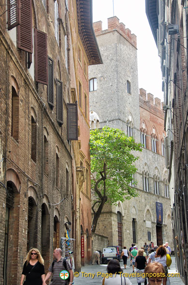 Exploring the streets of Siena