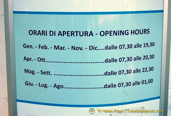 Operating hours of the Sorrento lift