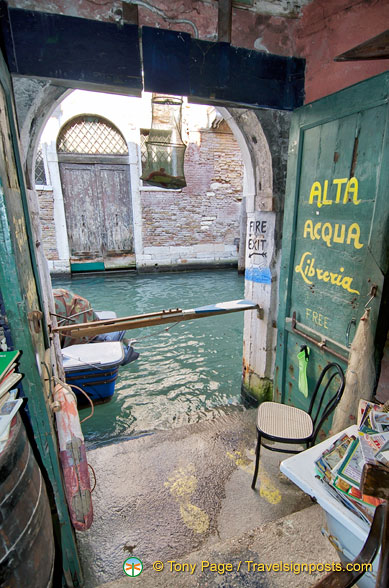 Fire exit of the Libreria Aqua Alta - just jump into the canal