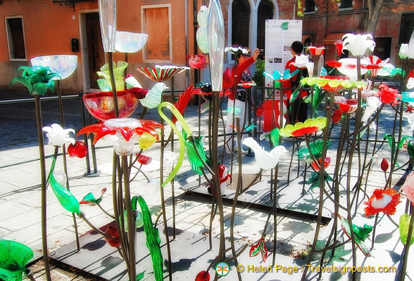 Murano glass artwork celebrating the 150th anniversary of Italian unification