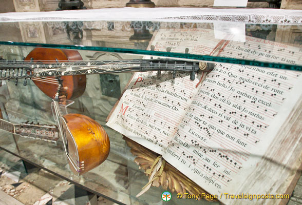 An exhibition of antique instruments and song sheets