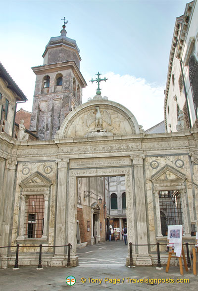 Front entrance of the Scuola San Giovanni