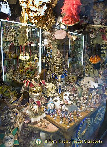Mask shop in San Polo
