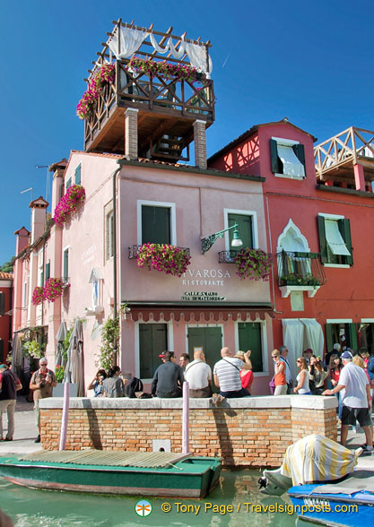 Riva Rosa Ristorante on via San Mauro has one exclusive table on their roof-terrace